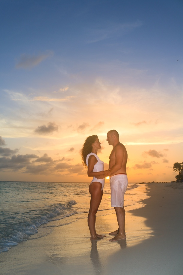 ARUBA SUNSET FAMILY PHOTO SHOOT